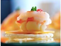 圖五、「法式鮮蝦魚子醬薄餅」利用食材特色創造出雙重口感